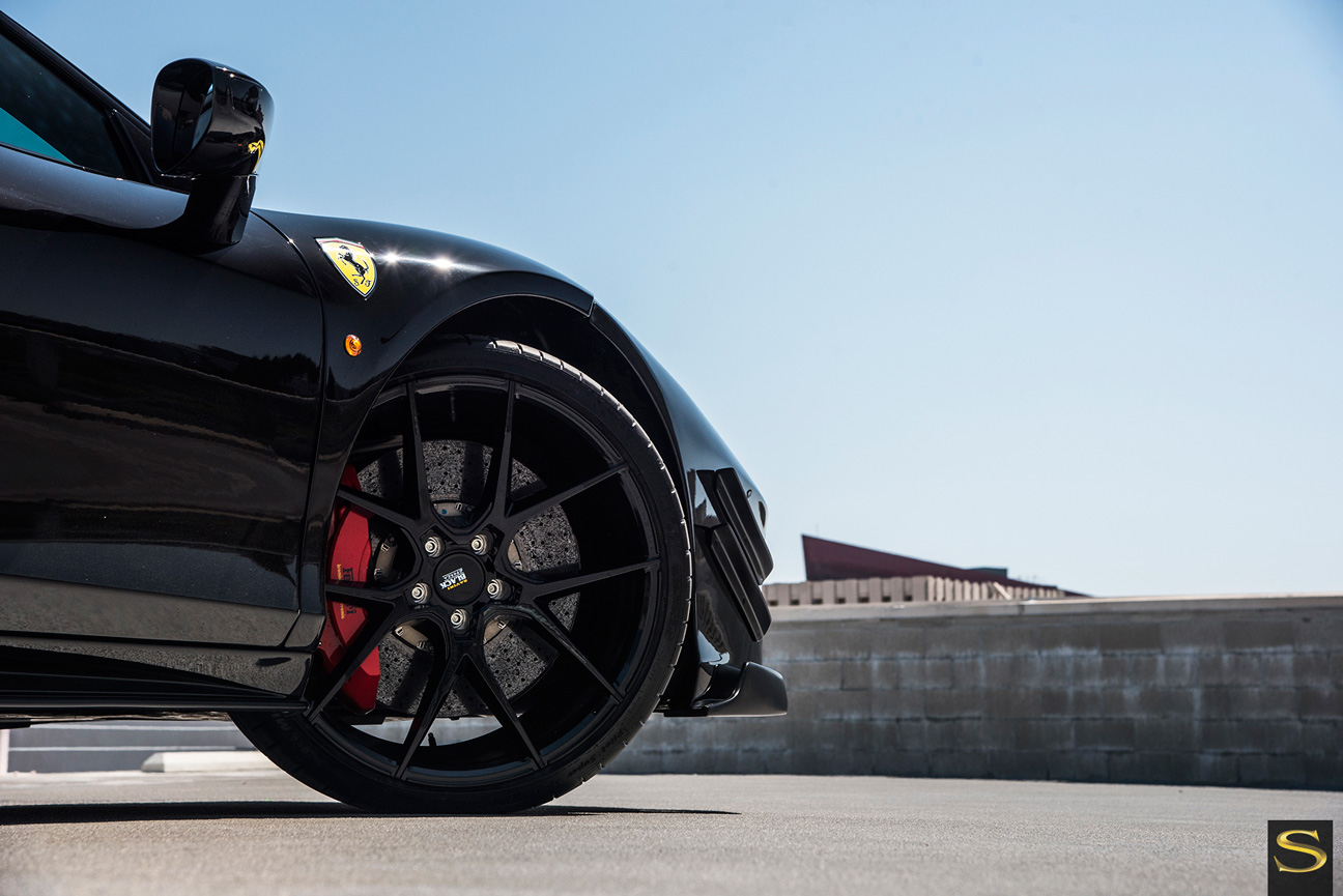 Ferrari | Black di Forza | BM 14 | by Savini Wheels Switzerland