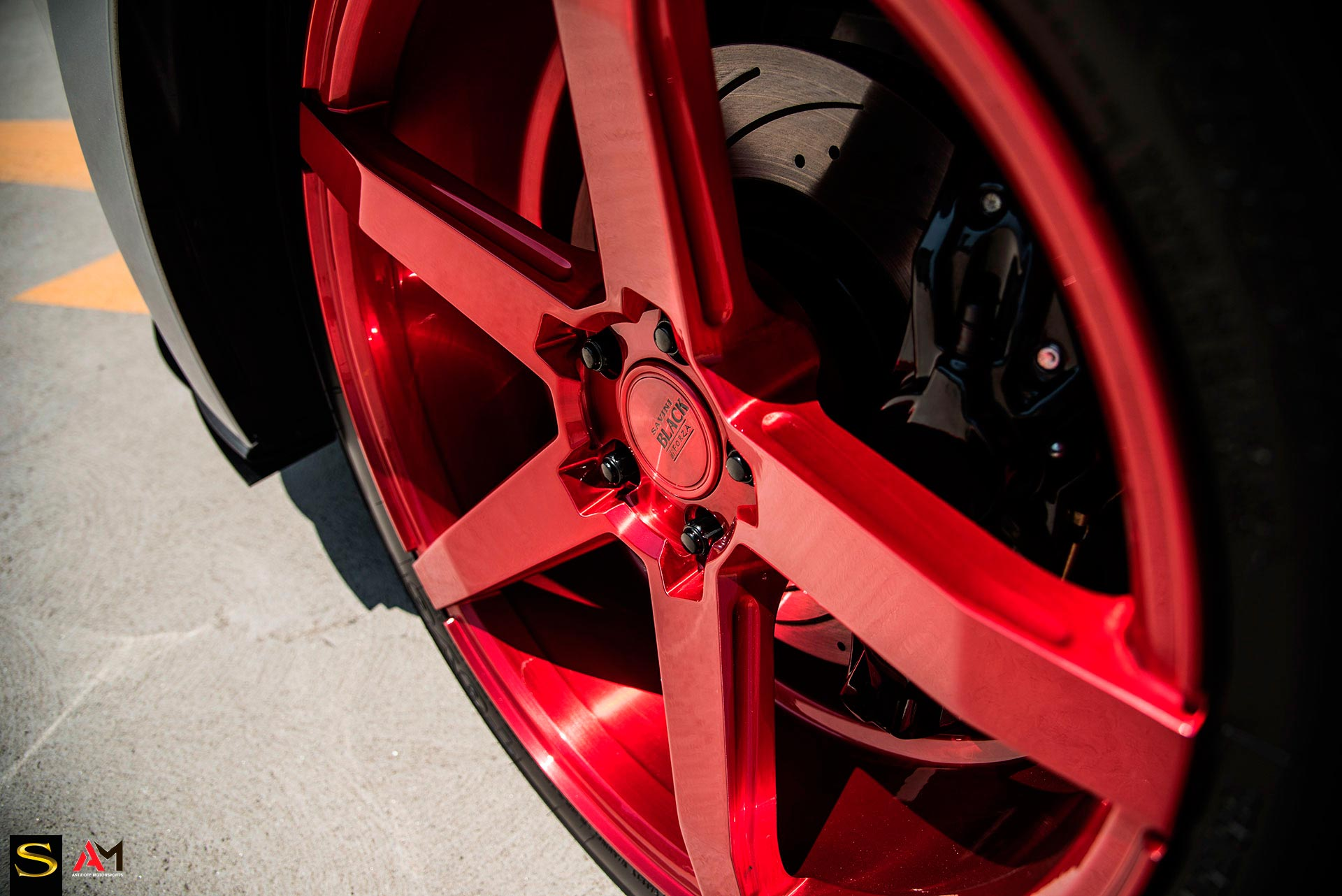 savini-wheels-black-di-forza-bm11-brushed-red-ford-mustang-gt-antidote4